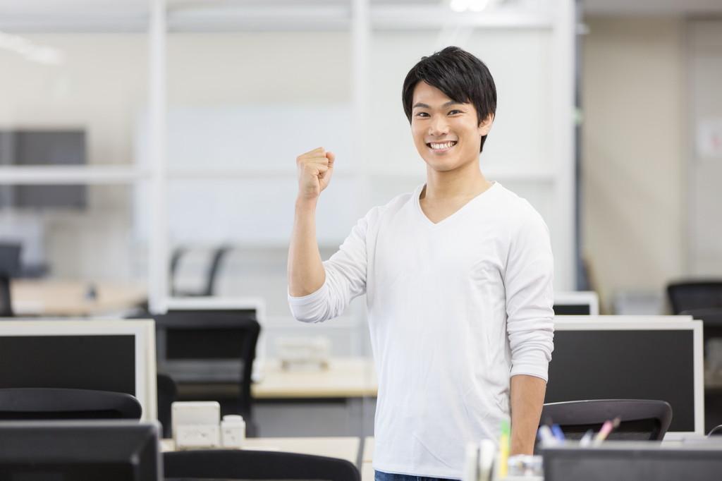 個人事業主で独立するか合同会社で設立するかどちらがいいの?